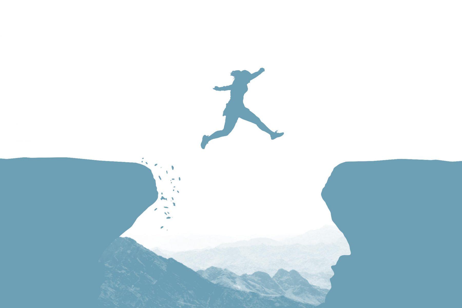Bild: Frau springt über Abgrund.